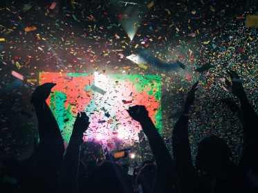 Once the confetti cannons had been shot off, we were dancing, making the rocks vibrate. Tame Impala was making the rocks vibrate.